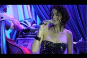 Tessa Souter at the Blue Note singing  'Beyond The Blue'